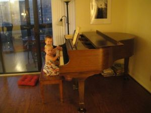 Lind kids on the Lind piano