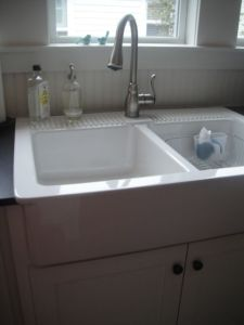 LOVE this sink in the kitchen