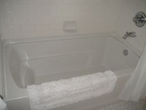 The hall tub was really deep - the kids loved it!