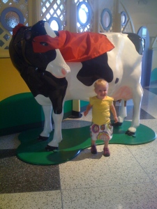 Amelia loves animals...see the excitement?