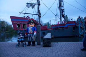 Axel and the Pirate Ship